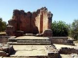 Die Deutung der Ruinen ueberlaesst man wahrscheinlich am besten den Fachleuten